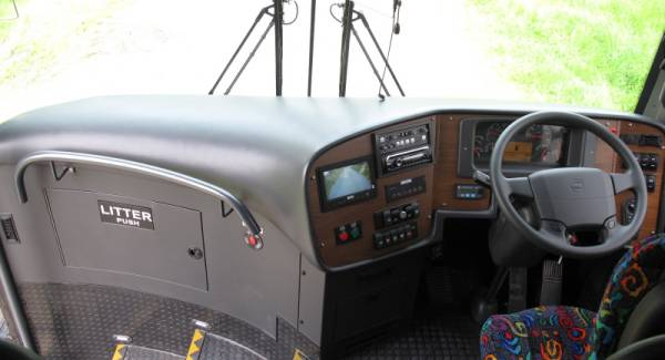 volvo-bus-dash-layout