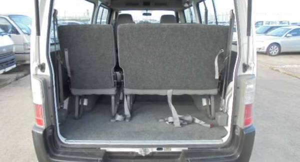nissan caravan interior space