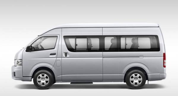 Toyota Hiace mini bus